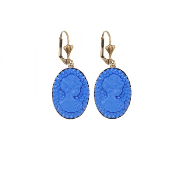 Camée dormeuses earrings